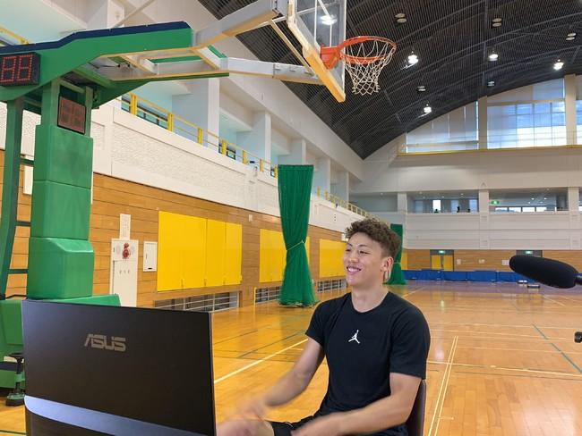 バスケットボールプレイヤー・今村佳太が小学生向け記者会見イベント